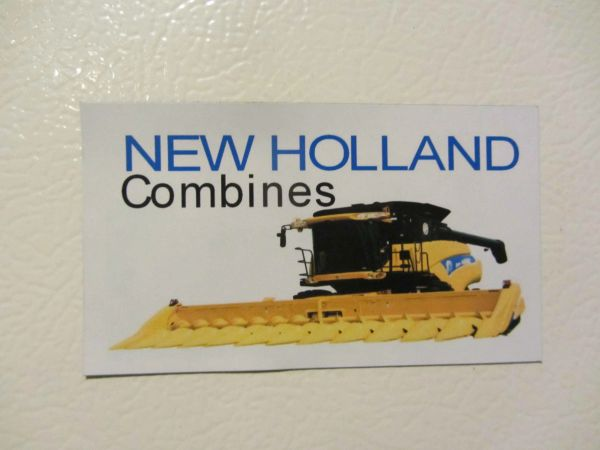 NEW HOLLAND COMBINES Fridge/toolbox magnet