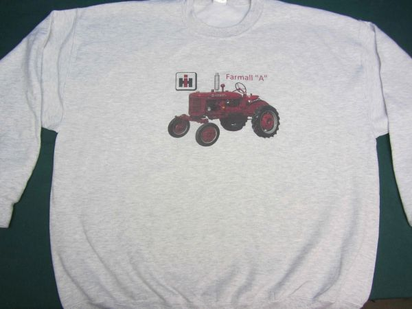 FARMALL A SWEATSHIRT