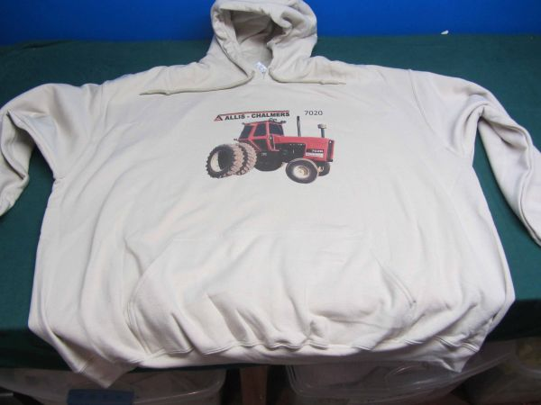 ALLIS CHALMERS 7020 HOODED SWEATSHIRT