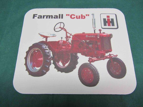 FARMALL CUB MOUSEPAD
