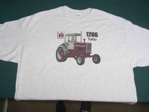 FARMALL 1206 (WITH CAB) TEE SHIRT