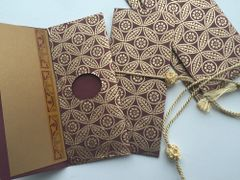 Gold Leaf Burgundy Money Envelope - Gift Box