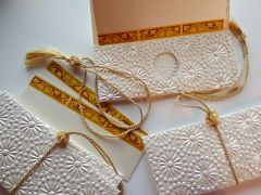 Ivory embossed with pearl and pin-wheel design Money Envelope - Gift Box