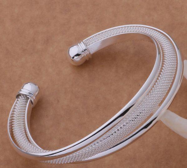 DL925135 .925 Sterling Silver Bangle Bracelet