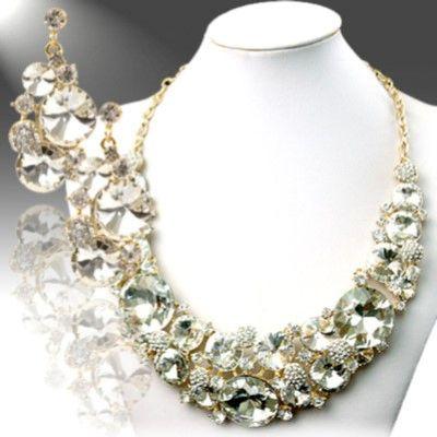 DL377305 Bejeweled Princess Necklace Set