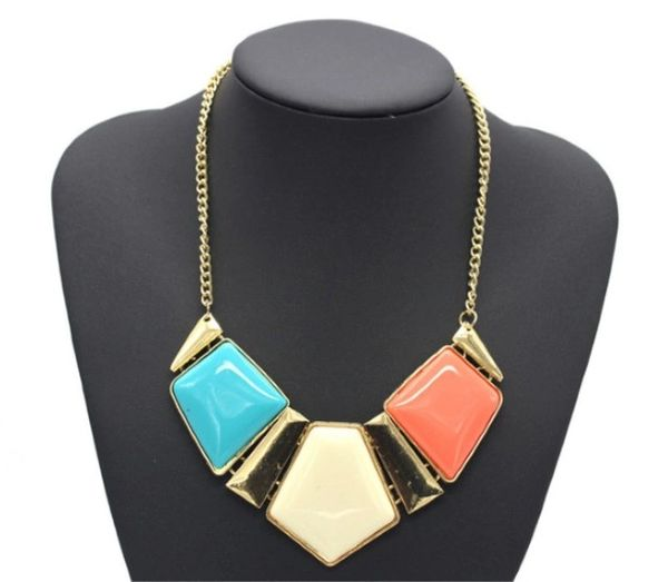 532305 Tri-Color Block Choker Style Necklace