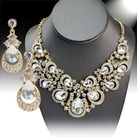 397002 Princess Collection Scallop Crystal Necklace Set