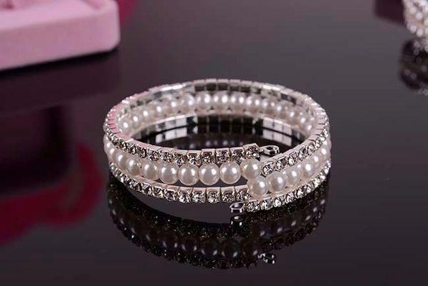 Rhinestone and Pearls Bracelet