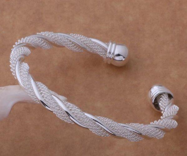 DL925018 .925 Sterling Silver Twist Bangle Bracelet