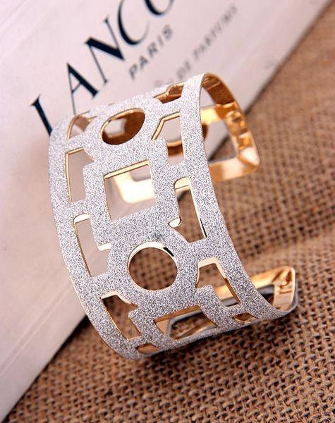 Sparkling Glitter Hollow 18 kt Gold Filled Bracelet