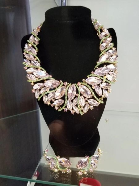 001157 Queen Jewels - Pink/Green Crystal Necklace