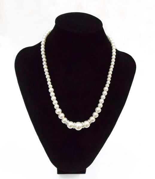 5326519 Pearl Single Strain Rhinestone Necklace & Earrings Set