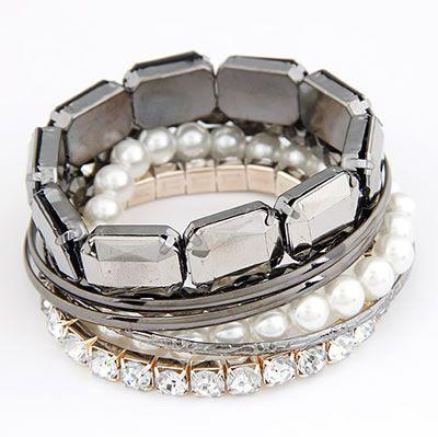 Pearl Crystal Rhinestone Bangle Bracelet