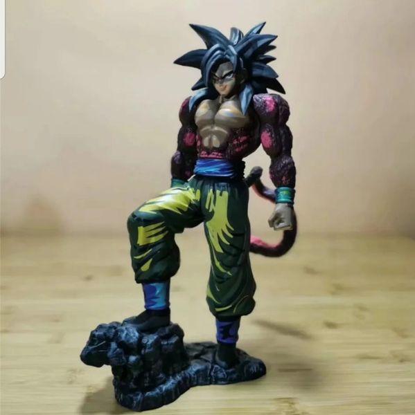 Dragon Ball Z/GT Super Saiyan 4 Goku Model Figure