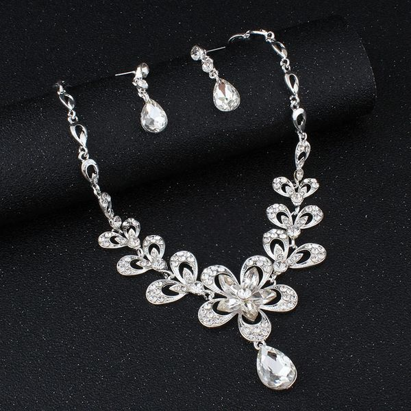 Flower Teardrop Rhinestone Necklace Set