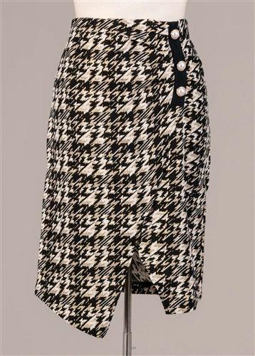 Gold/Black Houndstooth Skirt