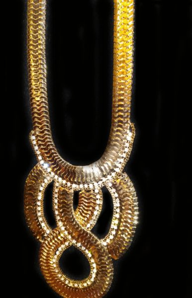 NL Gold Chain Interlock Necklace with Rhinestones