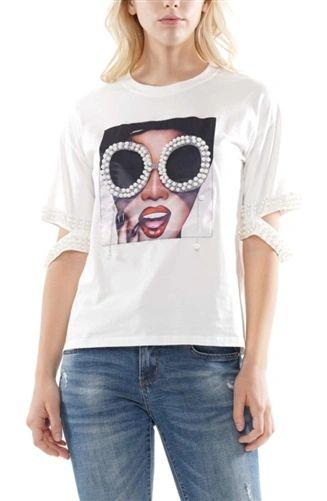 Diva in Pearl T Shirt