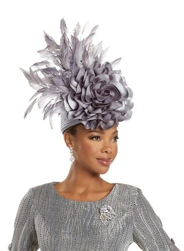 Standing Beauty - Feather Floral Hat