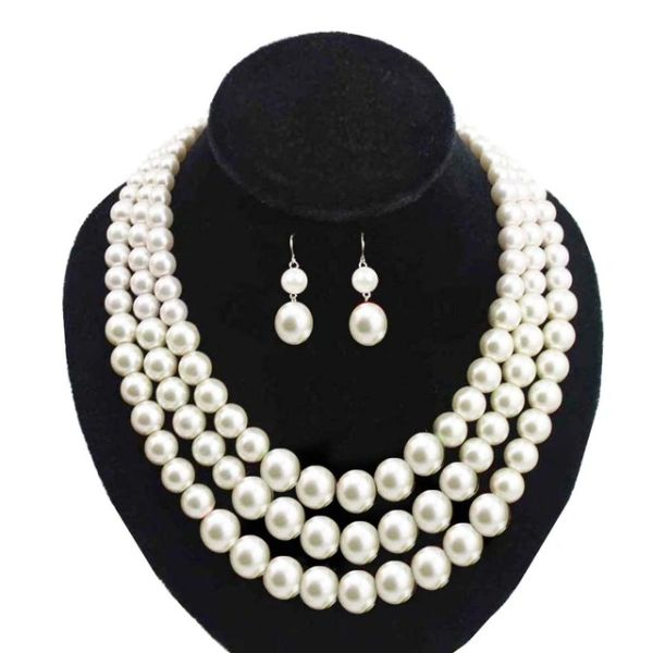 Triple Tiered Pearl Necklace Set