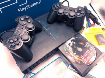 Sony PlayStation PS2 with in-built DVD Player (Black)
