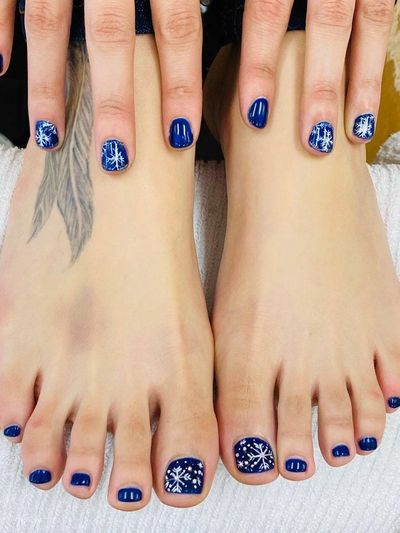 Our nail techs are nail artists. Come work for us at our nail shop in Alpharetta / Johns Creek