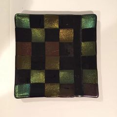 Checkered Iridescent Display Plate