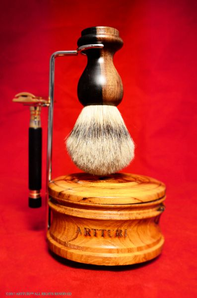 Silvertip Badger Shave Brush Black and White African Gaboon All Inclusive Gift Set by ARTTURI™