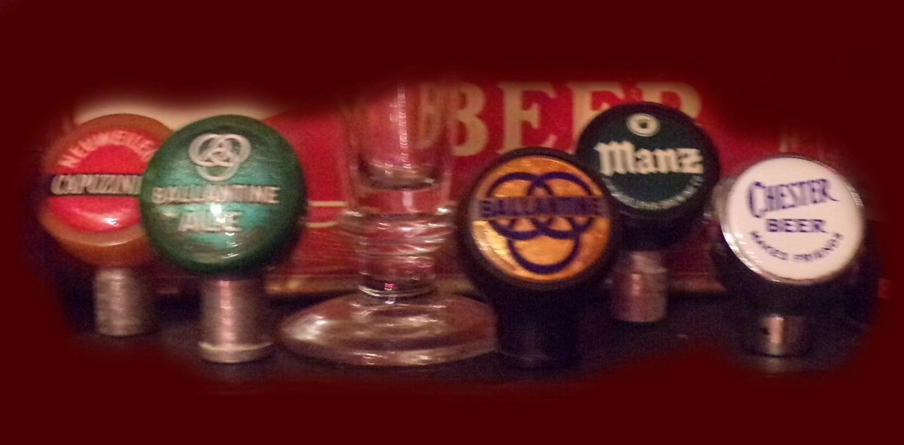 We buy collections of old beer ball knobs. Email jefflebo@aol.com to sell yours.