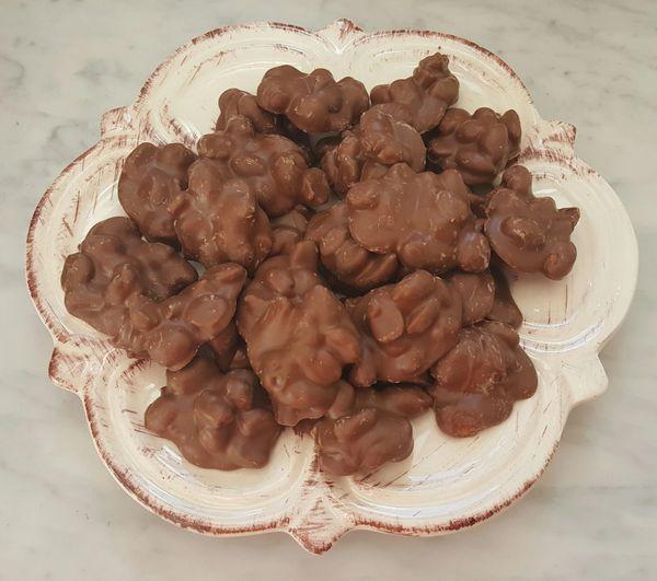 Peanut Clusters (1/4 lb)