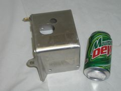 Cylinder cover without hole for decompression