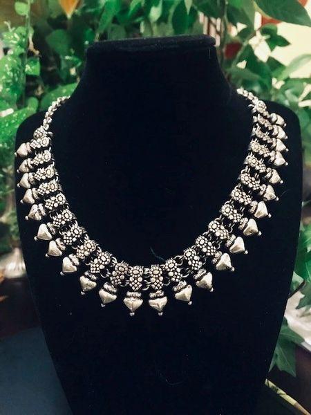 Taj Necklace