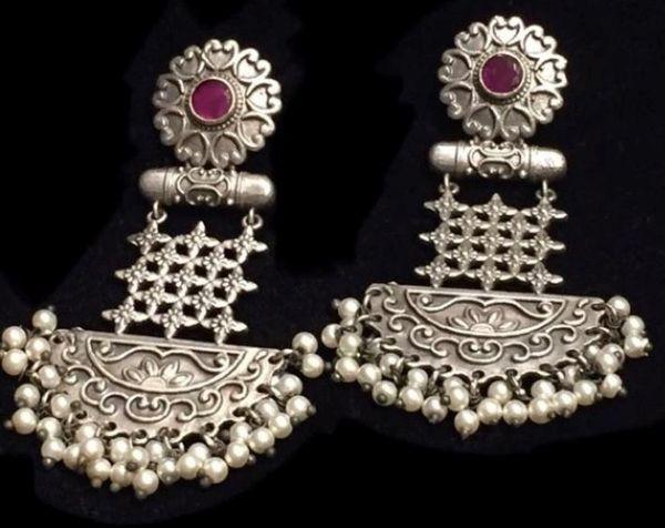 Sri Shri Earrings