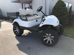 Electric Yamaha Golf Cart