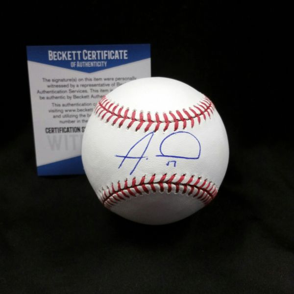 Alex Wood Autographed Baseball w/ Beckett C.O.A.