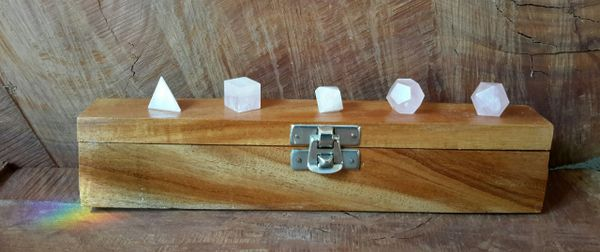 Rose Quartz Crystal ~ Sacred Geometry 5 Platonic Solids ~ 528 htz Love Healing Frequency ~ Light Body Activation