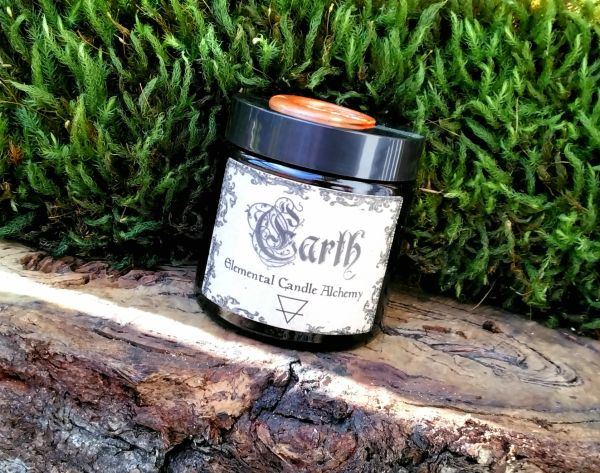 Grounding Meditation | Earth Alchemy Candle ~ Organic Beeswax & Pure Essential Oil Candle ~ Blessed by the Full Moon with Carnelian