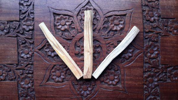 Palo Santo 'Holy Wood' Sticks x 3