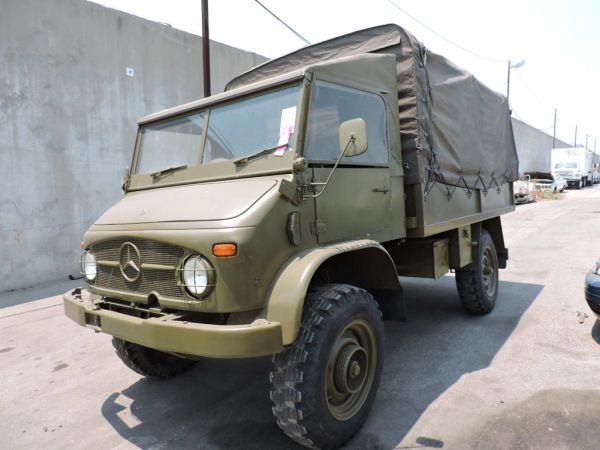 1963 Mercedes-Benz UNIMOG - Troop Carrier Model - Olive Drab