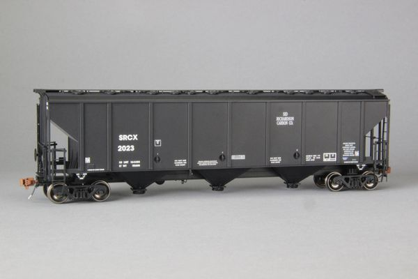 Ho Scale Scaletrains Rivet Counter Sid Richardson/SRCX Thrall 4727 Carbon Black Hoppers