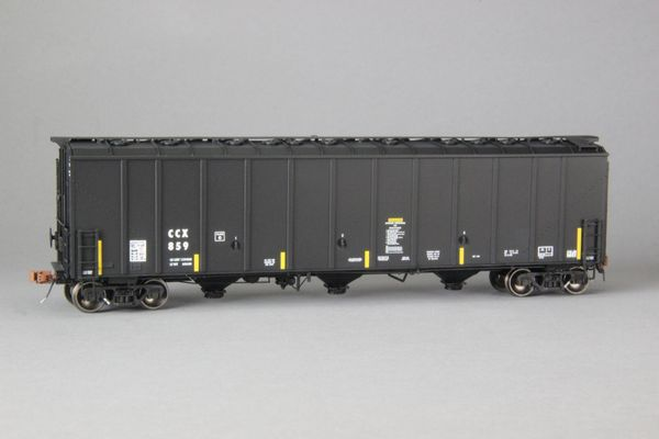"Ho Scale Scaletrains Rivet Counter Columbian Chemicals/CCX Thrall 5750 ""1980's Version"" Carbon Black Hoppers"