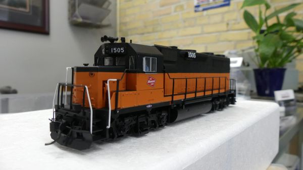 Walthers Proto GP35 Milwaukee Road DCC & Sound