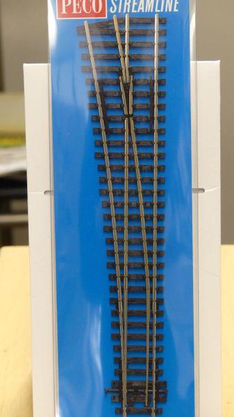 Peco SL-89 Insulfrog Streamline Large Left Hand Turnout Code 100