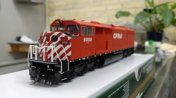 Bowser HO Scale Canadian Pacific GMD SD-40-2F DCC Ready W/ Ditch Lights, Port Hole, & Sill Dots