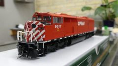 Bowser HO Scale (2nd Run) GMD SD40-2F CP Rail Round Port Hole & Sill Dashes W/ Ditch Lights DCC Ready *Pre-order*