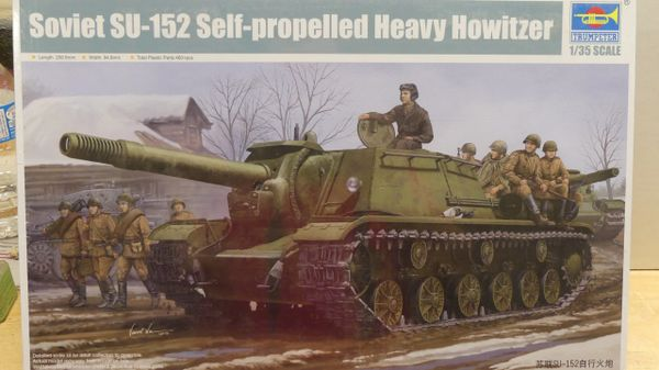 Trumpeter Soviet SU-152 Self-propelled Heavy Howitzer 1/35