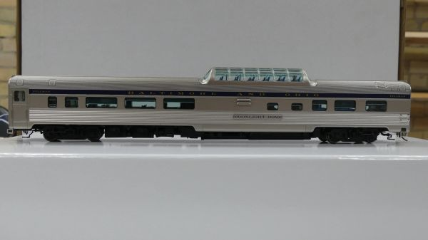 Rapido Ho Scale Budd Mid Train Dome Cars Baltimore & Ohio