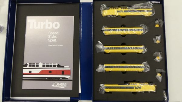 Rapido N Scale TurboTrain Via Rail Canada DCC & Sound