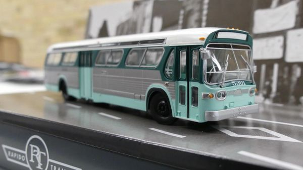 Ho Scale Rapido Los Angeles (LAMTA) Transit GMC Bus Standard Edition