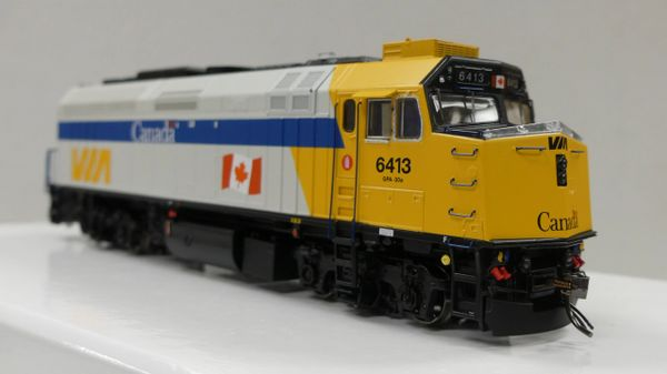"Rapido Ho Scale Via Rail F40PH-2D ""Via Rail Canada"" DCC & Sound"